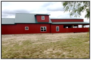 red-horse-barn-back